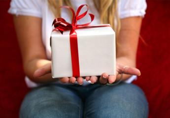 Gagnez plein de cadeaux et de l'argent et recevez vos gains chez vous.